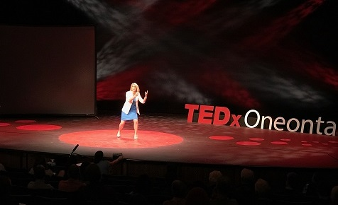 TEDxOneonta - Lauren Parsons - Snack on Exercise 5 action croped