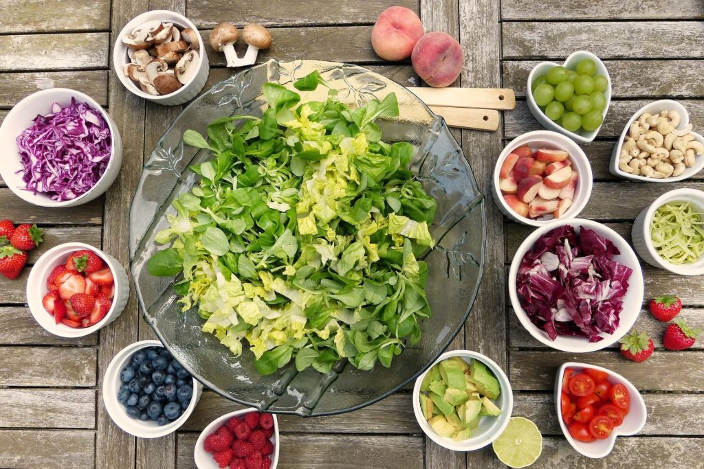 fresh nutritious  salad  - Lauren Parsons Wellbeing